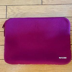 "Incase 13""laptop sleeve"
